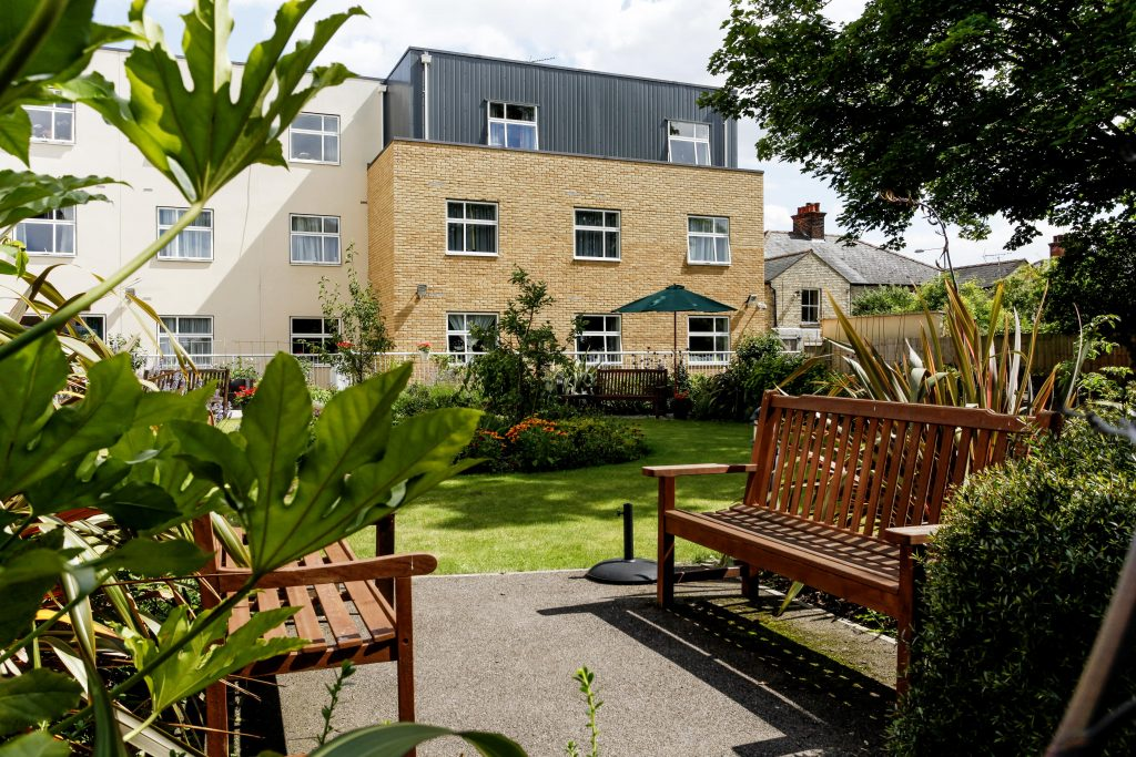 Cambridge Manor - Courtyard at a TLC Care home
